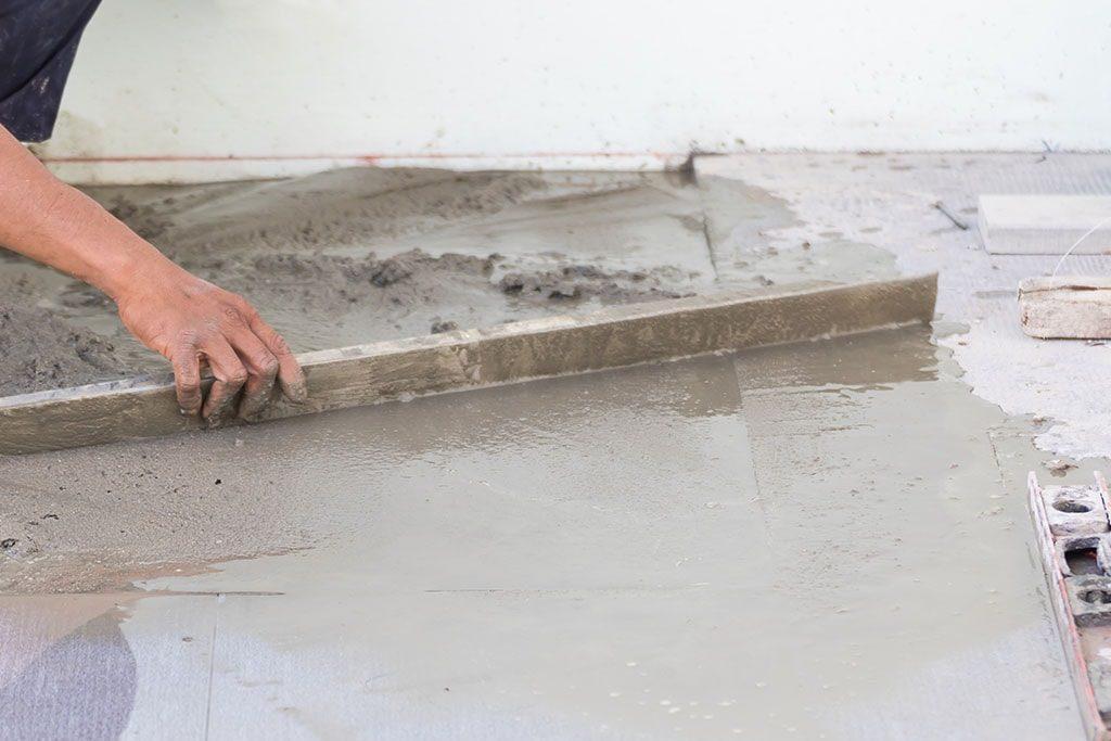 Мокрая стяжка в Санкт-Петербурге