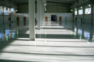 Наливные полы для производственных помещений в Санкт-Петербурге